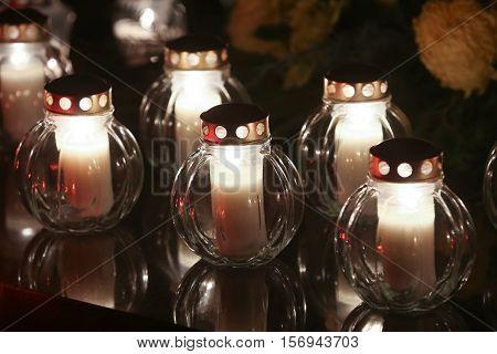 Lampions On Grave