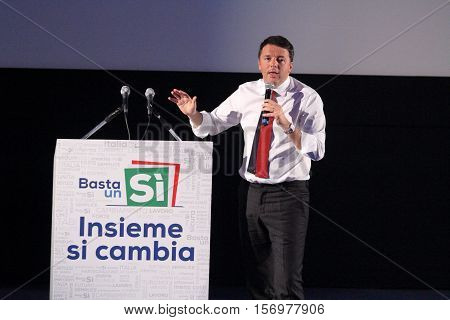 Frosinone Italy - November 8 2016 - The election campaign of Matteo Renzi for the constitutional referendum