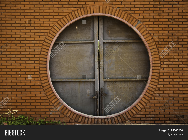Decorating circular door images : Circular Brick Door Image & Photo | Bigstock
