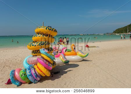 Koh Larn, Thailand - October 23, 2016: A Beach This Is One Of The Beaches Of Koh Larn On A Sunny Day