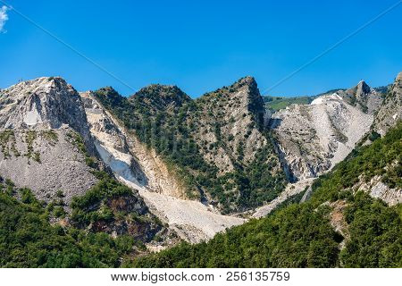 The Apuan Alps (Alpi Apuane) with the famous marble quarries (Carrara white marble). Tuscany, (Toscana), Italy, Europe poster
