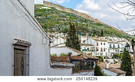 Granada, Spain - February 20, 2015: Traditional Houses In The Picturesque Neighborhood Of Sacromonte