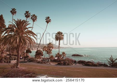 Laguna Beach California, View From Heisler Park. Laguna Is A Beach Community In Southern California.