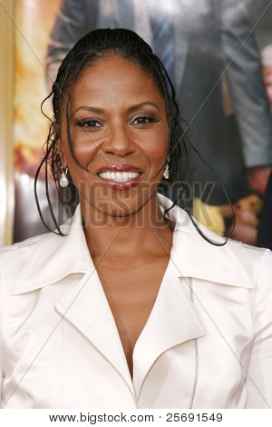 LOS ANGELES - APRIL 18: Denzel Washington's wife Pauletta at the 'Man On Fire' premiere on April 18, 2004 in Westwood, Los Angeles, California
