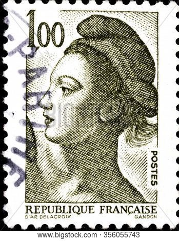 02 11 2020 Divnoe Stavropol Territory Russia The Postage Stamp France 1982 Liberty Woman Portrait