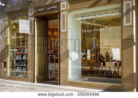 Paris/france - September 10, 2019 : The Zara Home Store On Champs-elysees Avenue