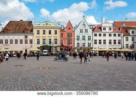Tallinn, Estonia - May 25, 2019: People Walking On Central Square In Old Town In Tallinn