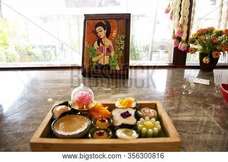 Samut Songkhram, Thailand - October 30 : Nine Auspicious Thai Desserts And Many Sweets Snacks Thai S