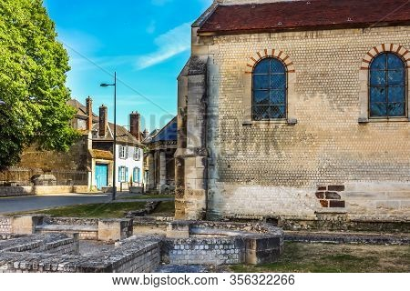 Beauvais, France - July 09, 2019: Parish Church Of Our Lady Of The Basse Oeuvre Of Beauvais, Is A Ch