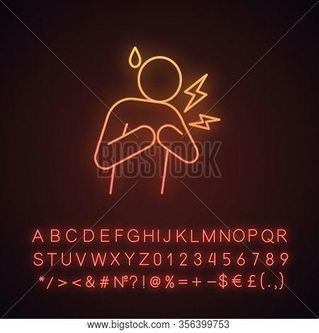 Heart Attack Neon Light Icon. Myocardial Infarction. Cardiovascular Disease. Congestive Heart Failur