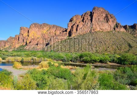 Tonto National Monument Is A National Monument In The Superstition Mountains, In Gila County Of Cent