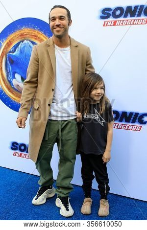 LOS ANGELES - JAN 25:  Pete Wentz at the Sonic The Hedgehog Family Day Event at the Paramount Theatre on January 25, 2020 in Los Angeles, CA