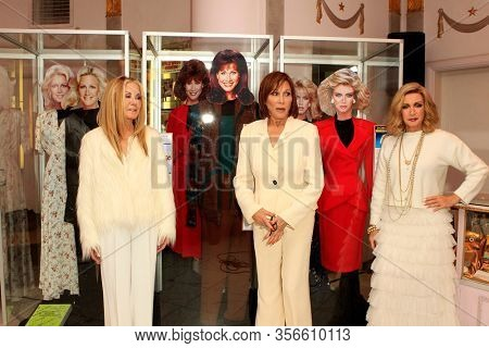 LOS ANGELES - JAN 18:  Joan Van Ark, Michele Lee, Donna Mills at the 40th Anniversary of