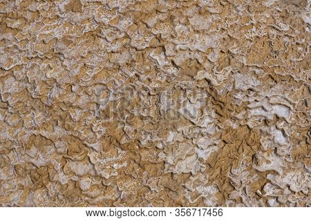 Badab-e Suurt Waterspring Salt Iran