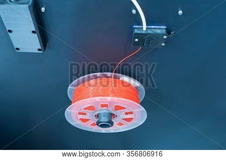 3D printing red filaments for three dimensional printer
