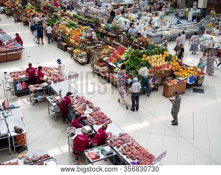Voronezh, Russia - August 14, 2019: Top View On The Trading Shelves Of The Central Voronezh Market