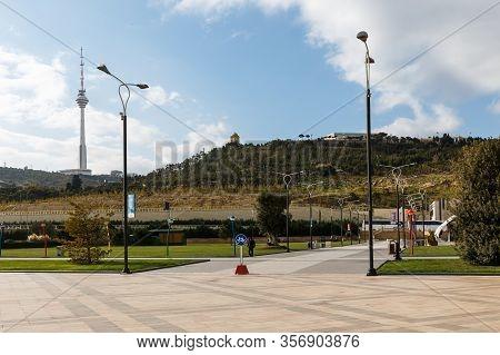 Baku, Azerbaijan - November 14, 2019: Park On The Embankment Of The Caspian Sea In Baku. View Of The