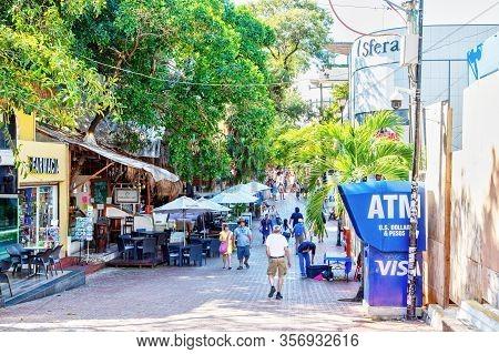 Famous Playa Del Carmen 5Th Avenue Tourist District At Mayan Riviera, Mexico