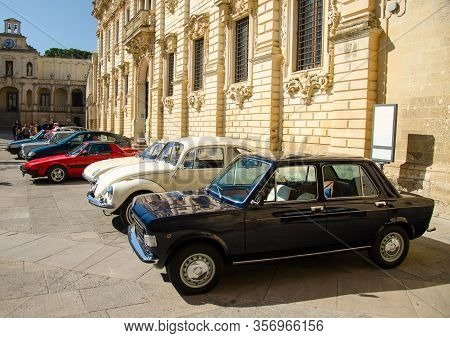 Lecce, Italy - April 23, 2016: Front Right Side View Of Row Of Colourful Vintage Classic Retro Autom