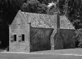 Charleston South Carolina June 28 2016: Slave Cabins In Boone Hall Plantation In Mount Pleasant, The