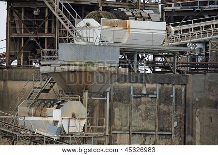 Industrial Plant For The Production Of Gravel Sand And Gravel Concrete