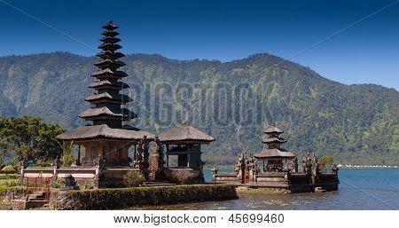 Ulun Danau Temple, Bali Indonesia
