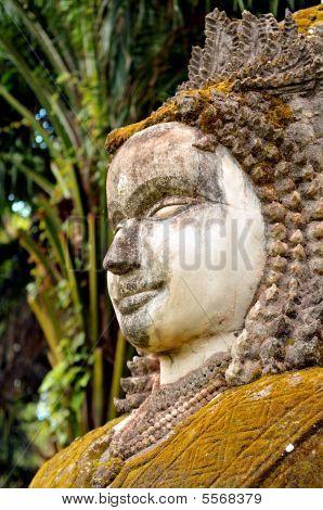 buddha statues in vientiane/laos