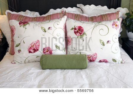 Bedroom Pillows