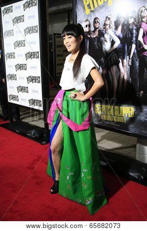 LOS ANGELES - SEP 24:  Hana Mae Lee arrives at the