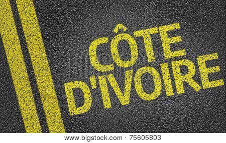 C�´te d'Ivoire written on the road