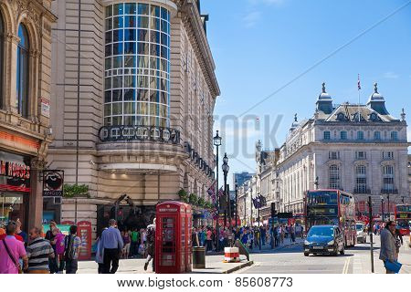 LONDON, UK - MAY 14, 2014: People and traffic in Piccadilly Circus in London. Famous place for roma