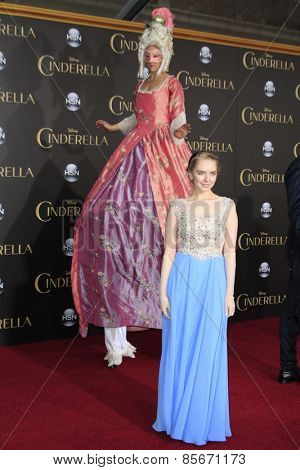 LOS ANGELES - MAR 1: Darcy Rose Byrnes at the World Premiere of 'Cinderella' at the El Capitan Theater on March 1, 2015 in Hollywood, Los Angeles, California