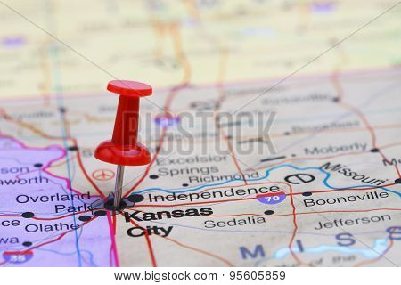 Kansas City pinned on a map of USA