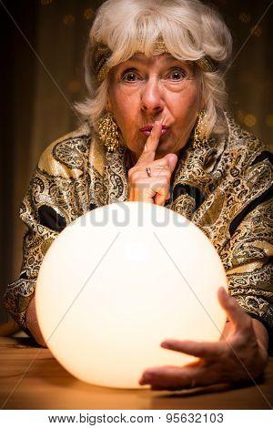Terrified Medium Holding Ball