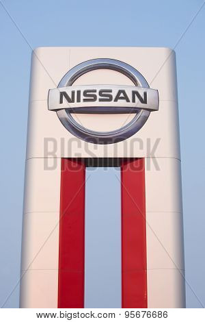 Nissan Dealer Sign