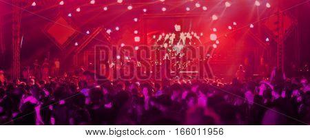 Blur Club Party