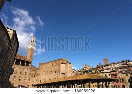 The Torre del Mangia 87 m. in the market square (Tower of Mangia) 1348. Ancient city of Siena Toscana (Tuscany) Italy