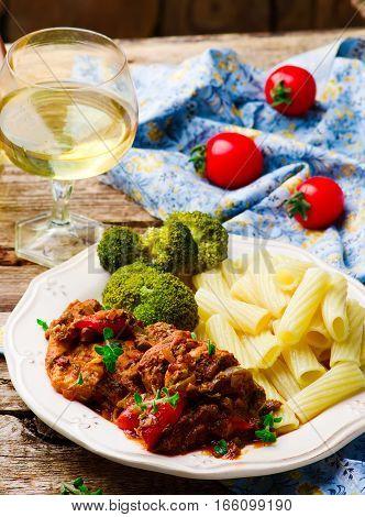 Slow Cooker Mediterranean-Style Chicken. . selective focus