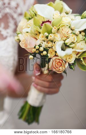 Amazing Bouquet Of Callas And Pink Roses