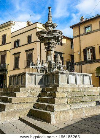 Hdr Fontana Maggiore Fountain In Viterbo