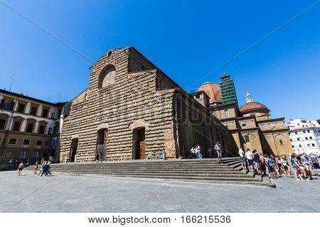 Exterior View Of The Basilica Di San Lorenzo In Florence