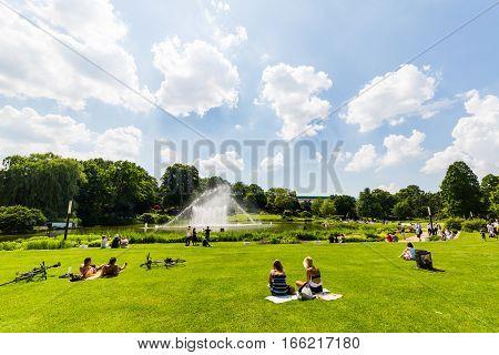 View Of The Planten Un Blomen Park Near The Parksee