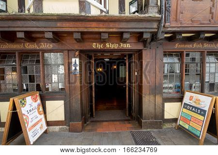 EXETER DEVON UK 22 July 2016: Entrance to the old pub Ship Inn