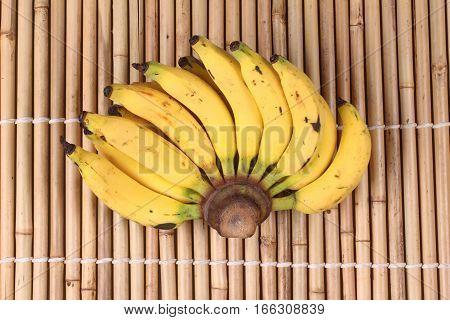 Lady Finger Banana,slim Yellow Bunch Of  Bananas