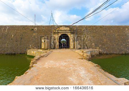 Jaffna Fort Entrance Door Bridge Over Moat H