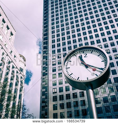 Canary Wharft Tower Clock, London, Uk.