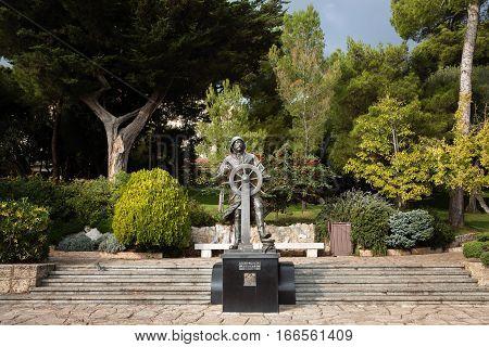 Statue Of Prince Albert I In St Martin Gardens, Monaco-ville