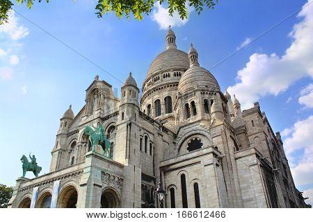 La Basilique du Sacre-Coeur de Montmartre, France