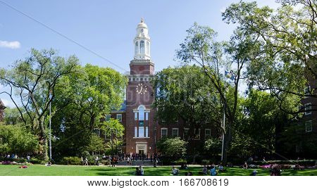 New York, Usa- September 7, 2016: Brooklyn College Lawn And Clock Tower