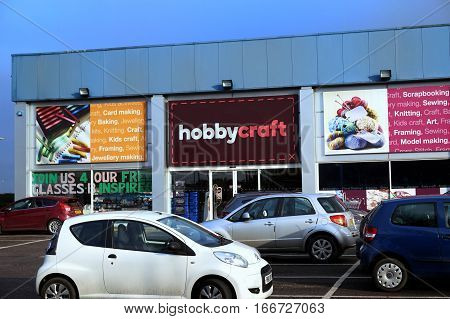 Basingstoke, Uk - 25 Jan 2017: Exterior Shop Front And Car Park Of The Hobbycraft Store